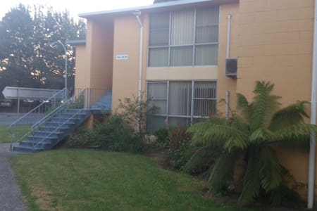 Fully Furnished Unit near Railway 308 - Queenstown - Apartment