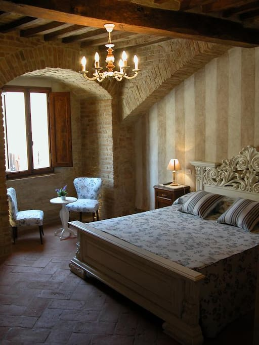 ROOMS WITH VIEW - Rooms CISTERNA