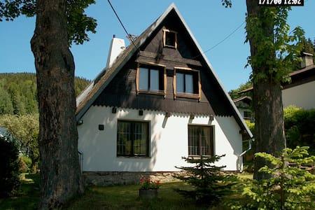 Vakantiehuis ertsgebergte Tsjechië - Casa