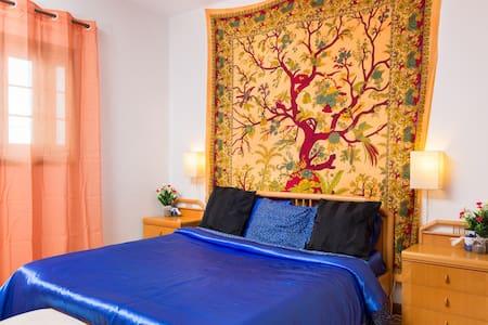 WIFI Tenerife South double bedroom - Hus