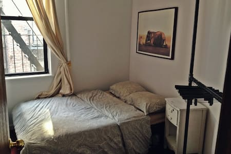 Charming Room in Mott street NYC - New York - Apartment