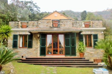 Villa Sant'Ignazio, accesso al mare - Bogliasco - Villa