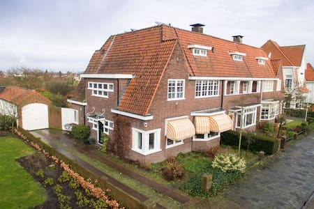 Characteristic spacious 1930s house