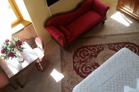 Suite Raffaello-Villa San Martino Relais&Wellness - Cartoceto