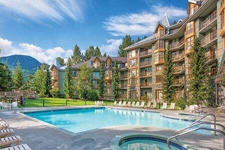 Whistler Village 1 BDR Q/Q For 4 - Whistler - Lejlighedskompleks