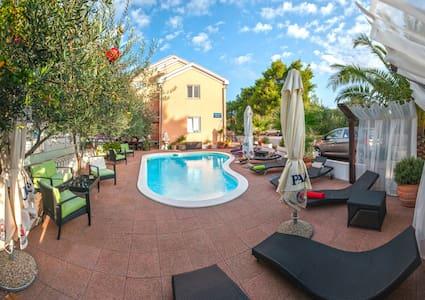 Standard Double Room - Zadar - Bed & Breakfast