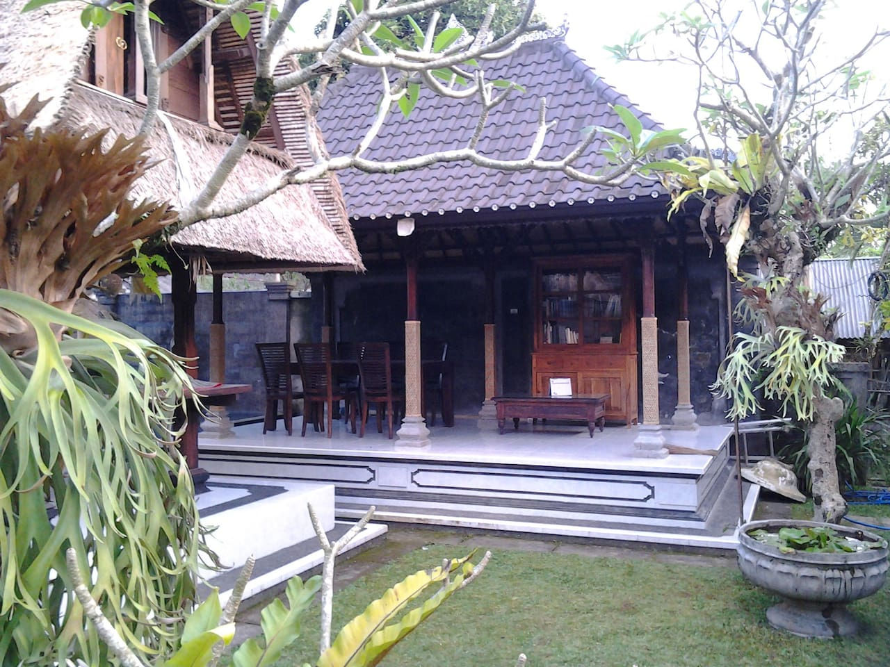Bale Lantang - where guests can have their breakfast and relaxing reading the book near the water fountain