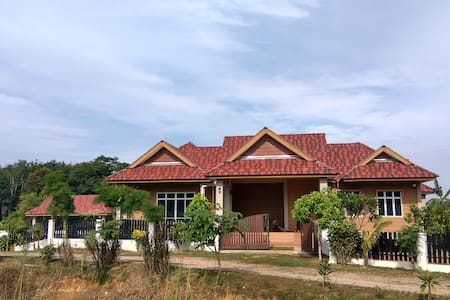 Mini resort with view of padi field - Jitra