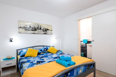 Brand New Cosy Bedroom(2+0) TROGIR :) - Inny