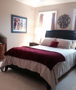 Highlands/Bardstown Rd-private rm