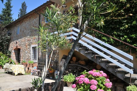 Come here for life slow rhythm - Figline Valdarno - Bed & Breakfast