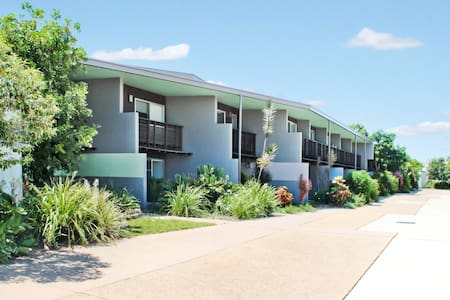 Seaspray Townhouses - Apartment