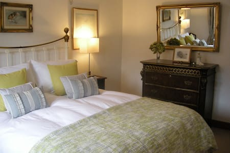 B&B at Old Mill - Bed & Breakfast