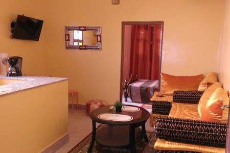Appartement ziyara 1 (indépendant) - Tafraoute - Wohnung