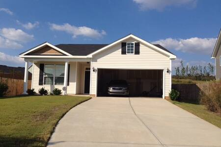 Cozy 3 BD Home Near the National - Graniteville - House