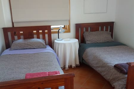 Cosy retreat, close to the snow rm2 - Berridale - Bed & Breakfast