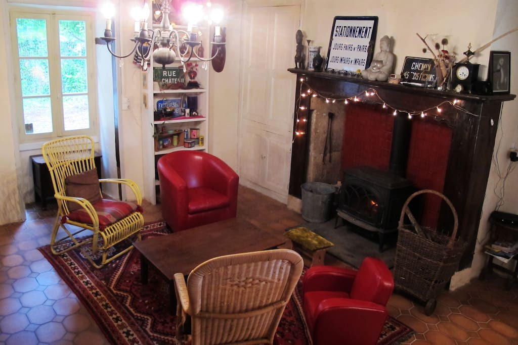dordogne 20 minutes de p rigueux houses for rent in les maurans. Black Bedroom Furniture Sets. Home Design Ideas