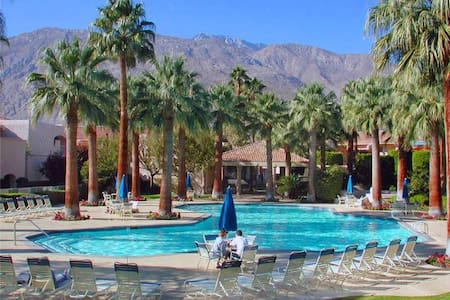 Deauville One Bedroom #510 - Palm Springs