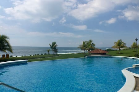 Beach, Surf and Golf in cozy house - Gran Pacifica Resort - Ház