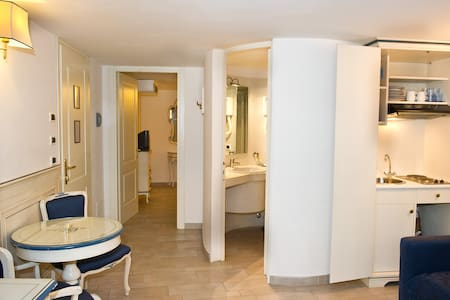 venetian style studio with Wifi - Apartamento