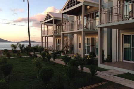 N Coast retreat - ideal for couples