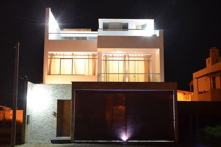 Casa en Punta Sal - Punta Sal