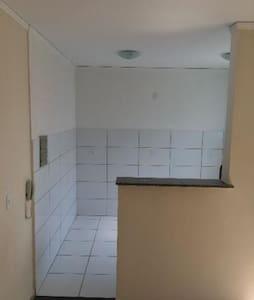 Ótimo Apartamento próximo de Trilhas e Cachoeiras - Apartament