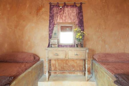 A cozy mud house in Chiangmai - Casa