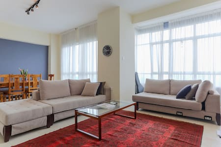 Selamat datang. Welcome to KL! This beautiful 2 bedroom apartment is just 5 min by taxi from KLCC. It has an infinity pool, outdoor spa, air-con, fully-equipped kitchen, high speed internet, gym, squash courts, 2 off-street parking spaces and great views of KL.
