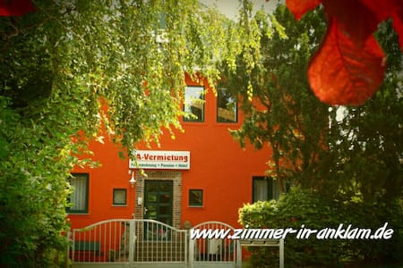 charmant-ruhig-zentral  - Anklam - Bed & Breakfast