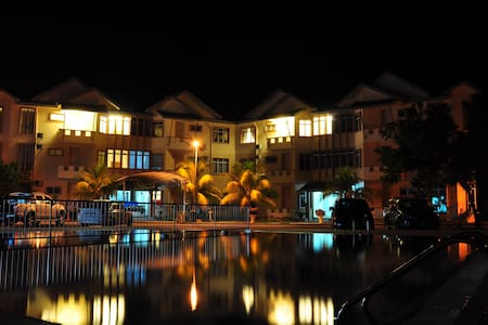 Seri Bayu Resort - Sepang - Apartment