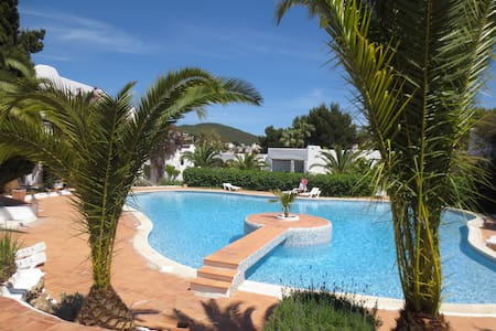 Lovely Apartment in Siesta, Ibiza - Lejlighed