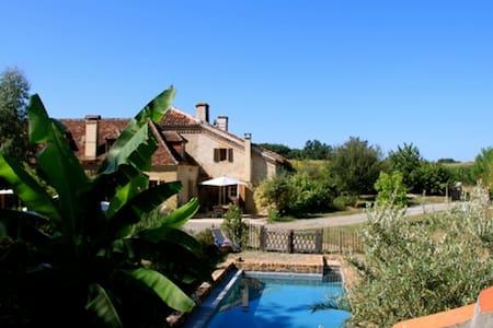 Maison de charme piscine Landes  - Dom