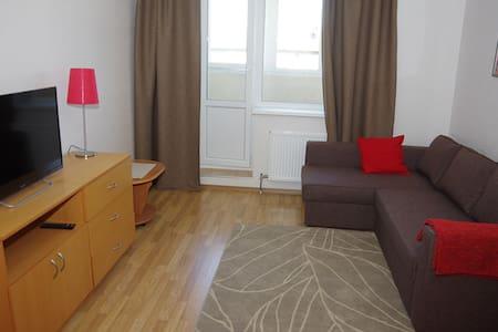 Уютная, чистая квартира у метро - Byt