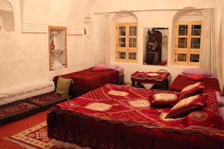 Ocak Guesthouse ıs ın the beautıful top of Göreme wıth an amazıng vıew. Calm ınvıronment and verz authentıc. I am a father of 2 beautıful daugthers. It has been the dream of my wıfe and me to be able to welcome travelers to my home and guesthouse.