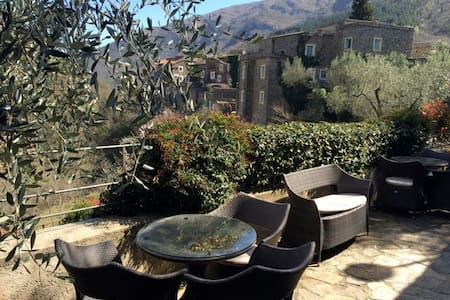 Panorama studio with huge terrace - Colletta di Castelbianco - Wohnung