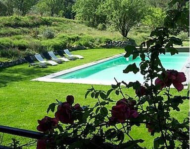 La Calade en Provence -Espagnole - Lejlighed