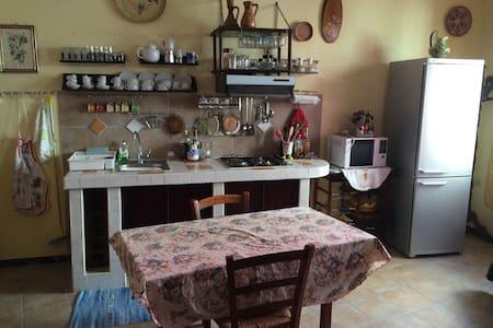 Appartamento in centro storico - Sant'Antioco - Appartamento