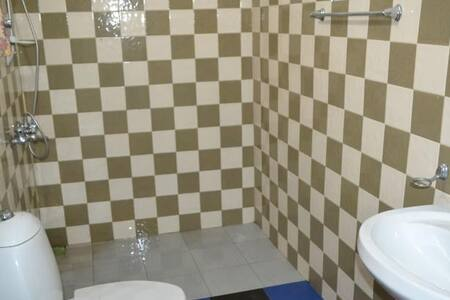Comfortable double rooms with hotwa - Wikt i opierunek