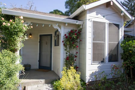 Healdsburg Cottage-Walk to Plaza - Apartamento