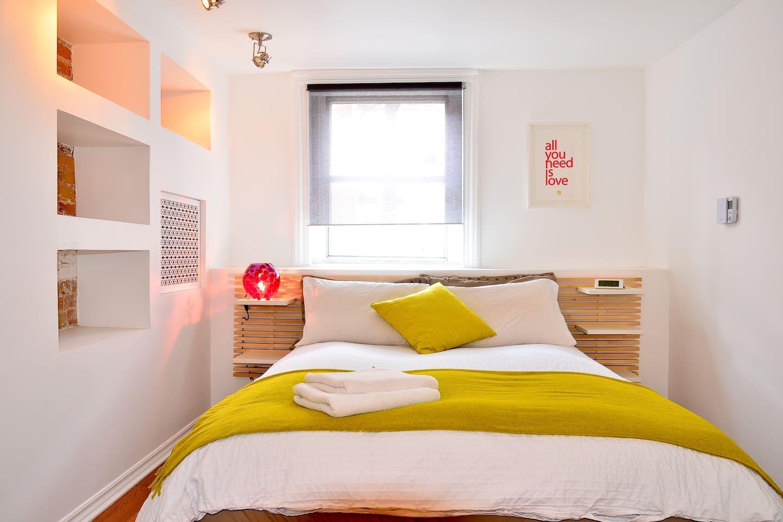 Une petite chambre très agréable