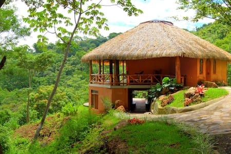 Ama Tierra Retreat Center
