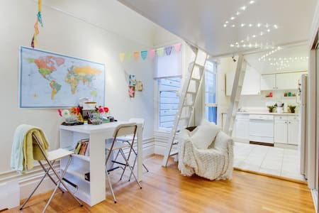 Room type: Entire home/apt Property type: Apartment Accommodates: 5 Bedrooms: 0 Bathrooms: 1