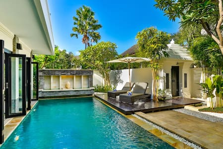 Stunning 3 bed Private Pool Villa