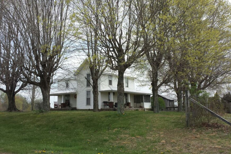 Old Kentucky Farm House