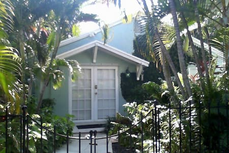 Cottage on Florida - West Palm Beach