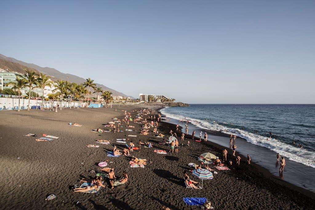 Sun & Beach. Puerto Naos La Palma