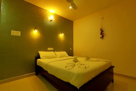 Executive Suite Near Cochin Airport - Bed & Breakfast