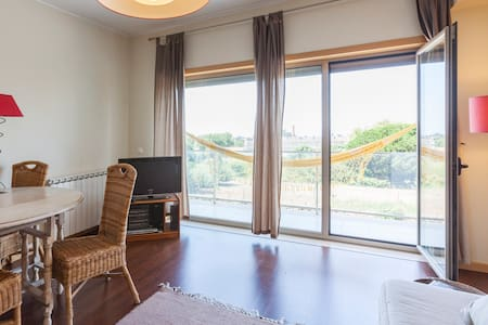 Bright and Shiny Sea View Loft - Vila Nova de Gaia - Daire