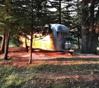 Glamping On The Wind River- An Airstream Adventure - Dubois - Camper/RV